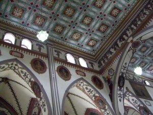 Les plafonds de l'église étaient vraiment impressionnants!