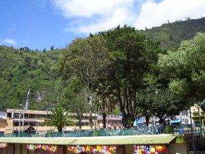 Le parque central de Baños