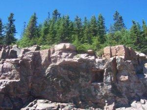Une falaise du bouclier canadien