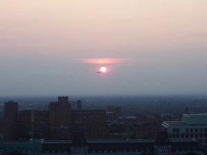 Éclipse d'avion - Un avion devant le soleil
