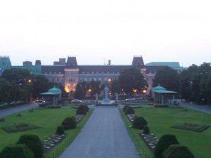 Le collège Notre-Dame - Où le savoir se perpétue