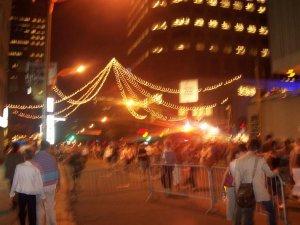La ville de Montréal s'illumine pendant le festival